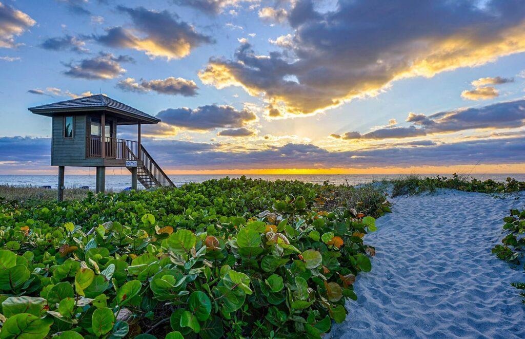 Delray Beach FL-Boca Raton Metal Roof Installation & Repair Contractors