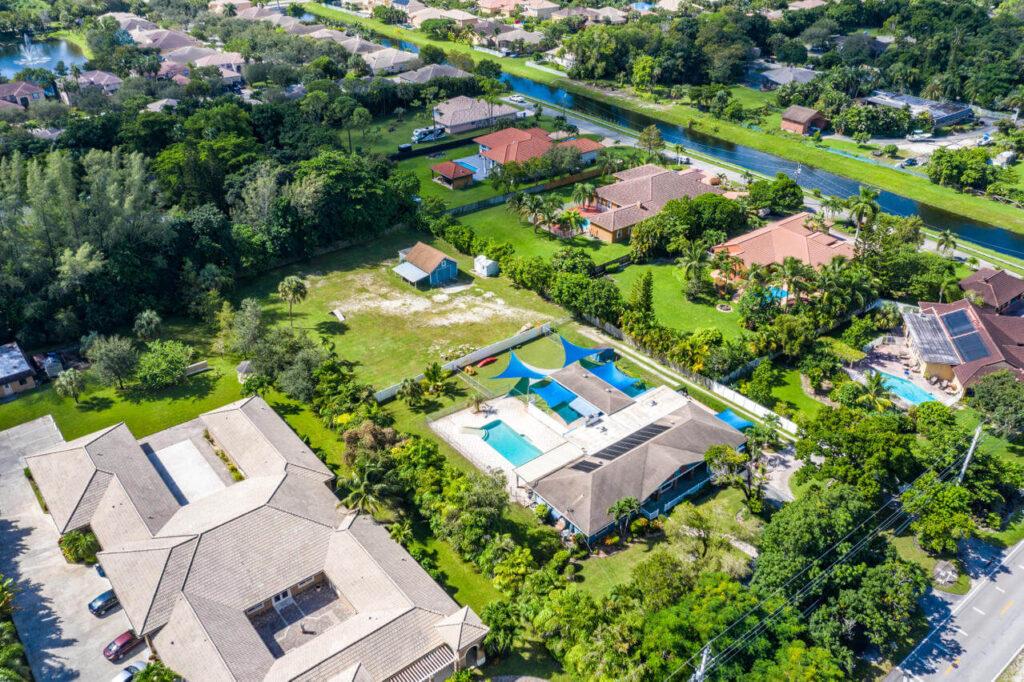 Hillsboro Pines FL-Boca Raton Metal Roof Installation & Repair Contractors